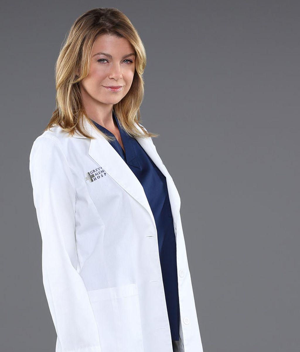 Ellen Pompeo interpreta a Meredith Grey, cirujana y protagonista de la serie