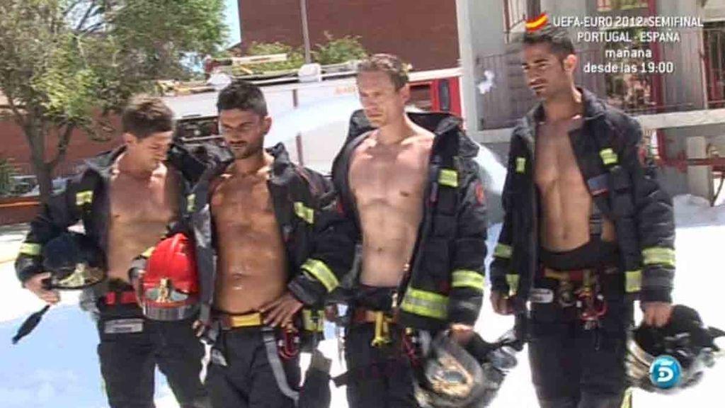 Con los fondos recaudados por el calendario, los bomberos también colaboran con causas benéficas