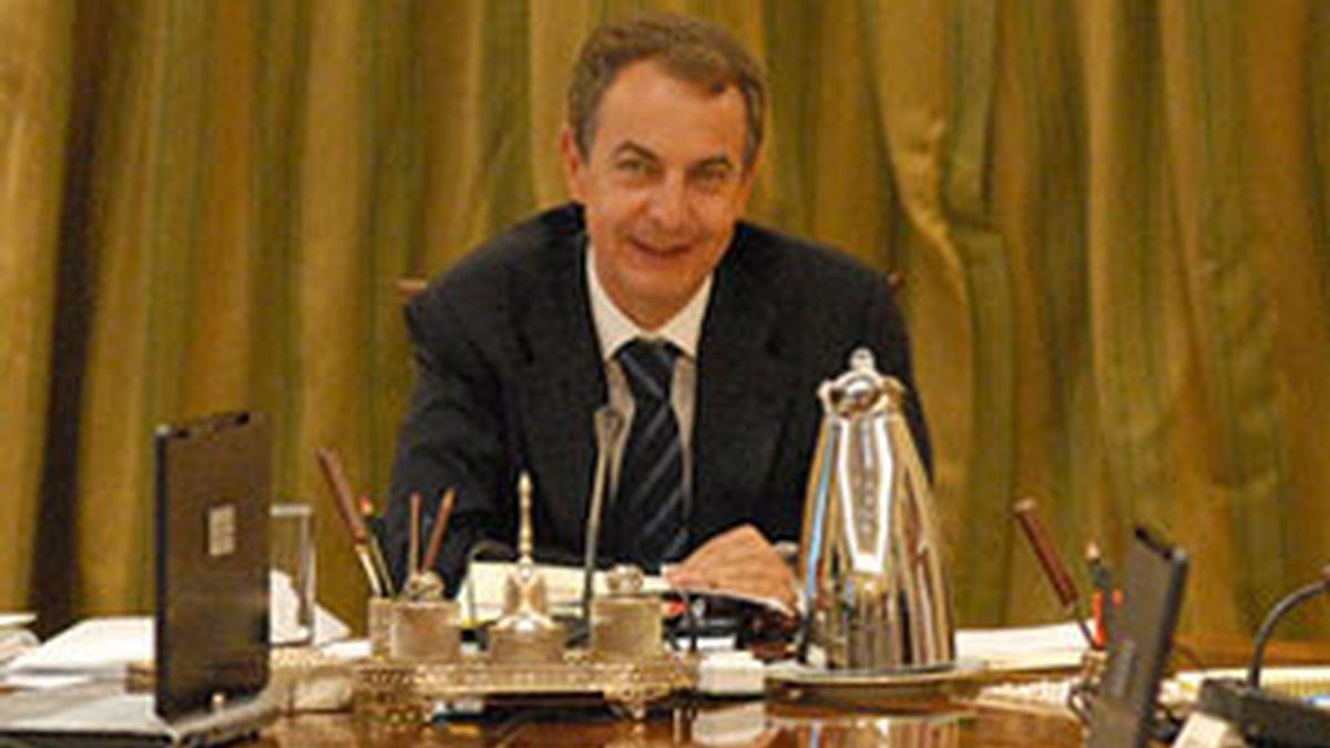 Zapatero en una imagen de archivo del Consejo de Ministros