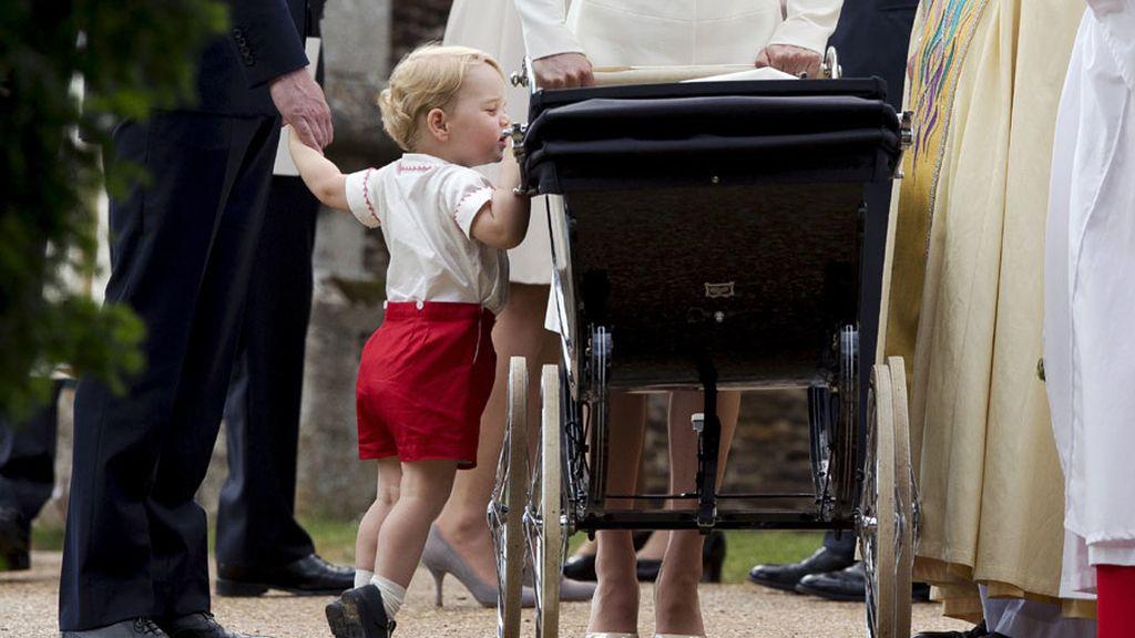 El príncipe Jorge: ¿Esta es mi hermana?