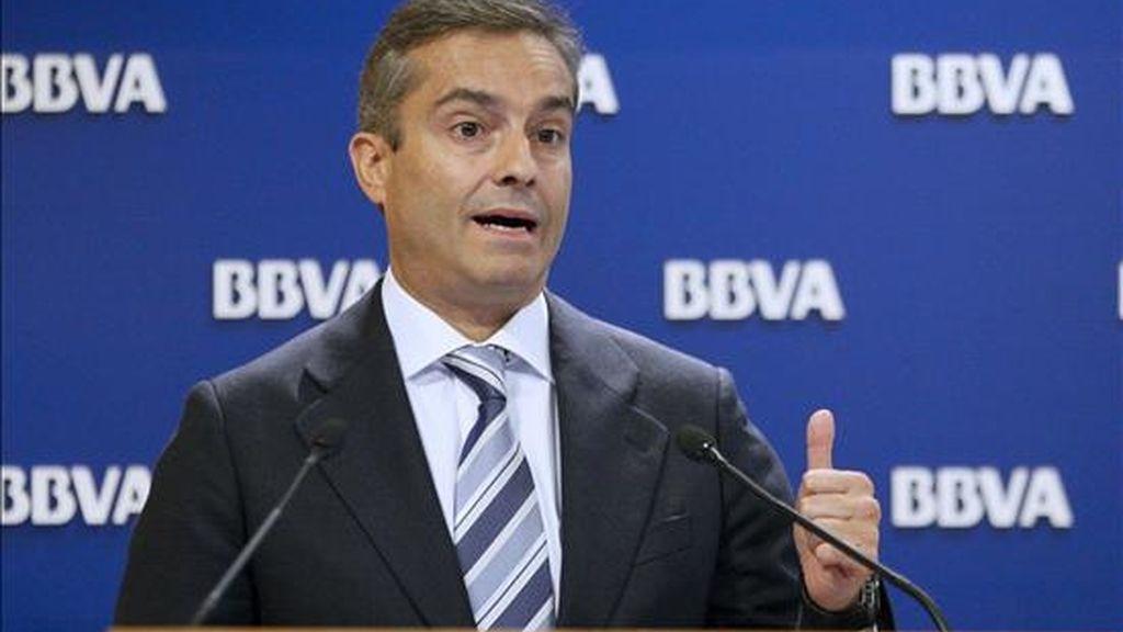 El consejero delegado del BBVA, Ángel Cano, durante la presentación de los resultados del segundo trimestre de 2010, hoy en Madrid. EFE