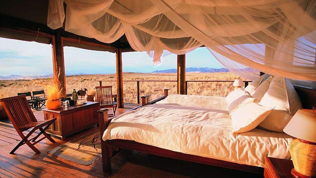 Dormir en un Lodge en medio de la sabana africana, Namibia