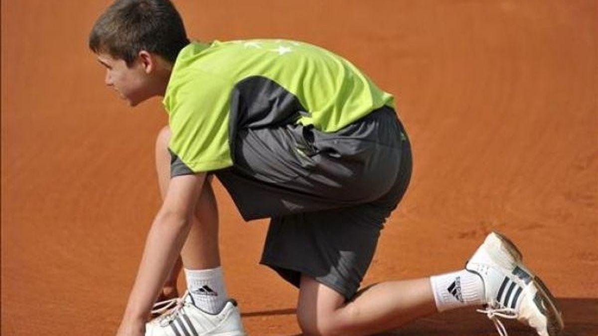 Niño haciendo deporte