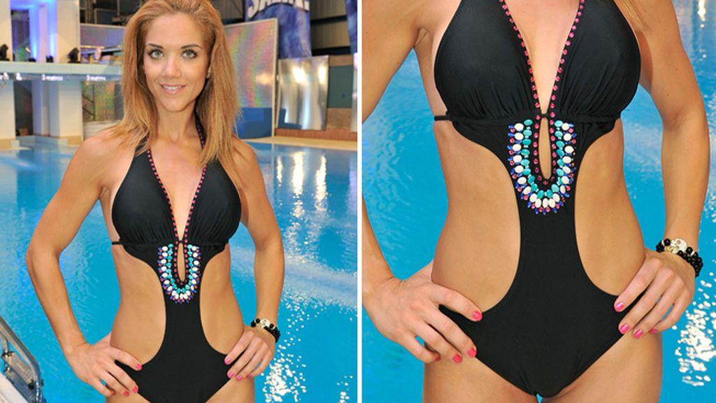 Beatriz Trapote y su 'trikini joya': divina hasta en la piscina