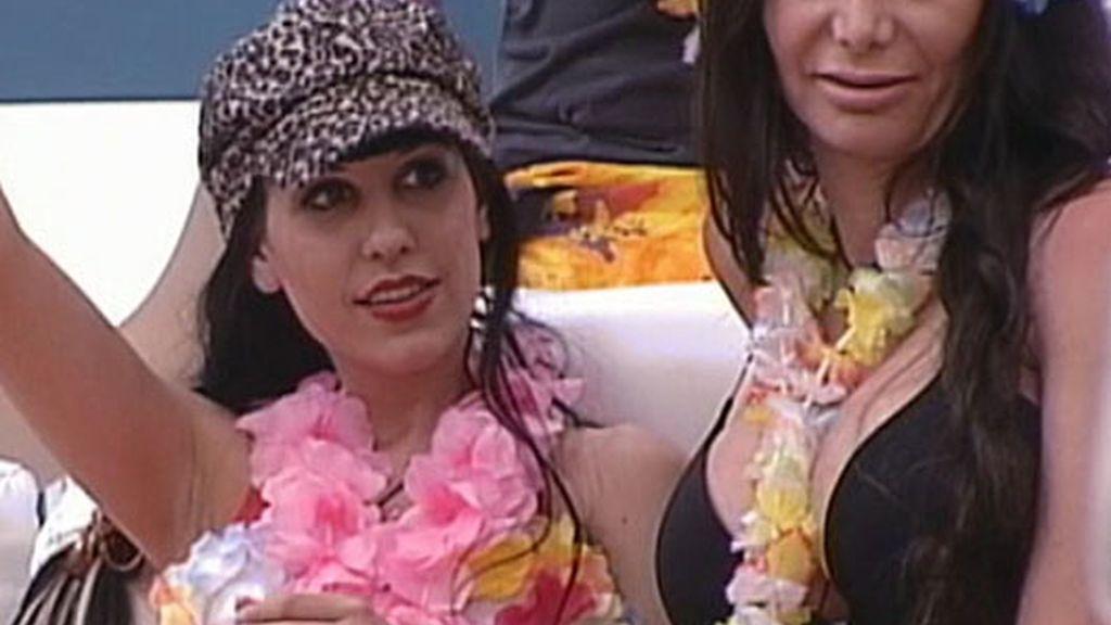 Fiesta hawaiana en 'El Reencuentro'