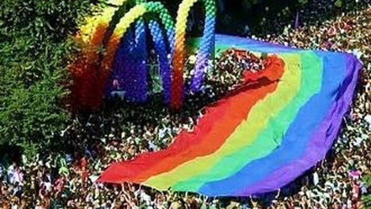Un desfile gay en Sao Paulo, Brasil donde cada año se reúnen millones de personas, para reivindicar los derechos de los homosexuales. Foto archivo
