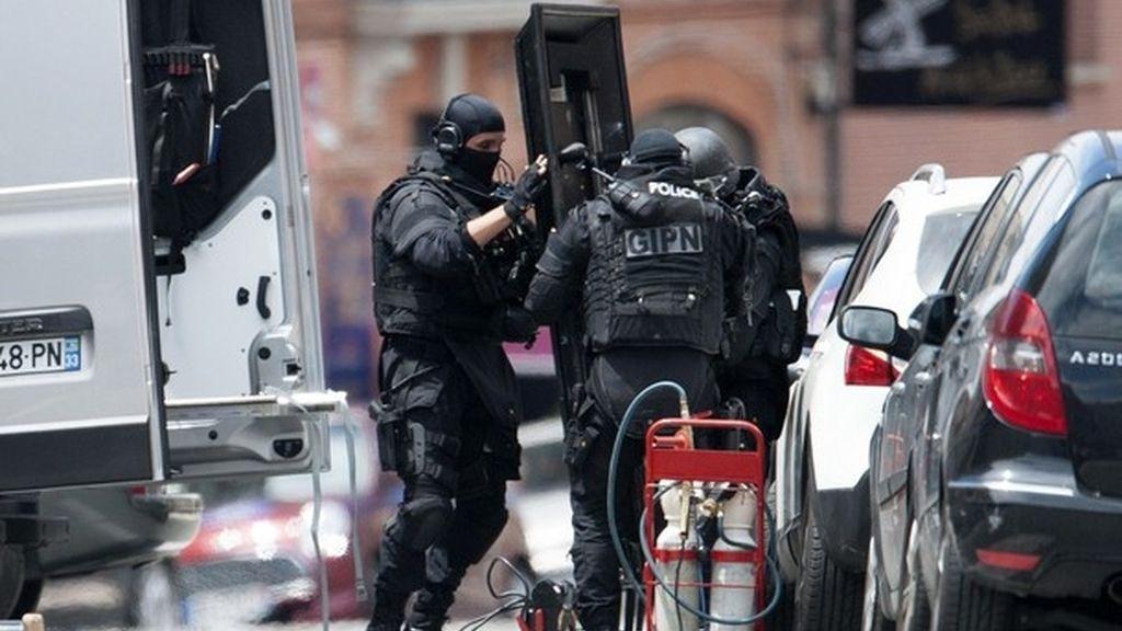 Detenido el secuestrador y liberados los rehenes de un banco de Toulouse