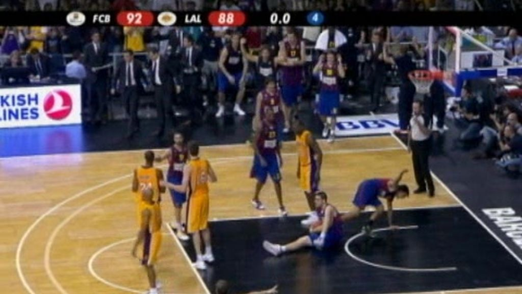 El Barcelona gana a los Lakers