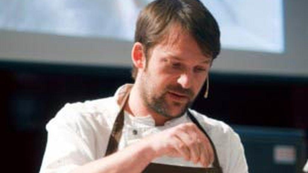 El jefe de cocina del restaurante Noma de Copenhage (Dinamarca), René Redzepi, considerado el número uno del mundo. Vídeo: Informativos Telecinco.