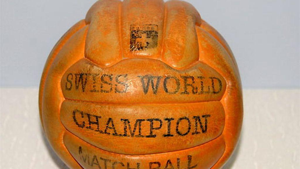 1954-1958. Swiss World Champion Matchball. Suiza y Suecia
