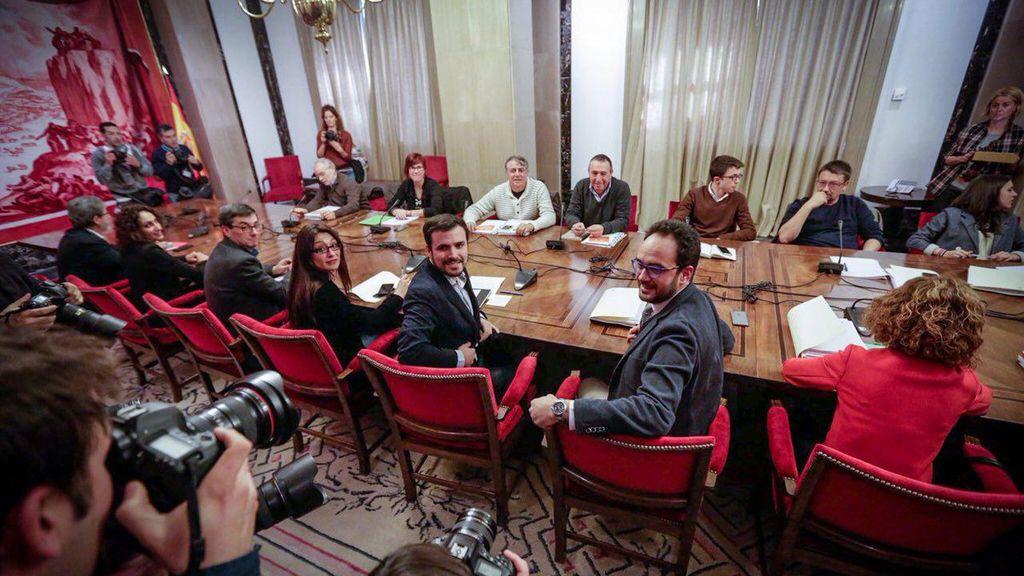 Negociaciones a cuatro entre los partidos de izquierda para la investidura de Pedro Sánchez