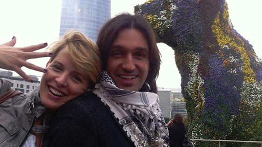 Tania y Rafa felices en Bilbao