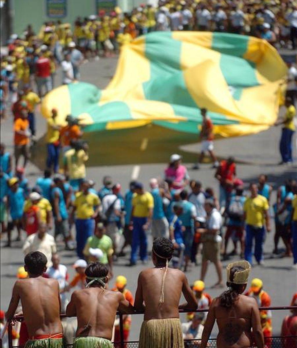 Celebración del Carnaval en el circuito Campo Grande de Salvador. EFE/Archivo