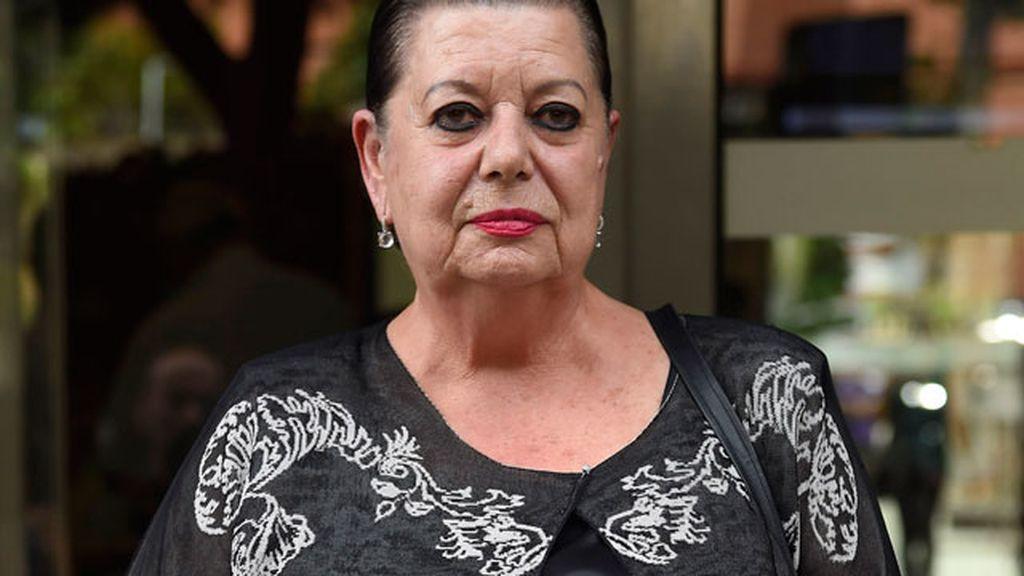 Amigos y familiares dan su último adiós a la actriz