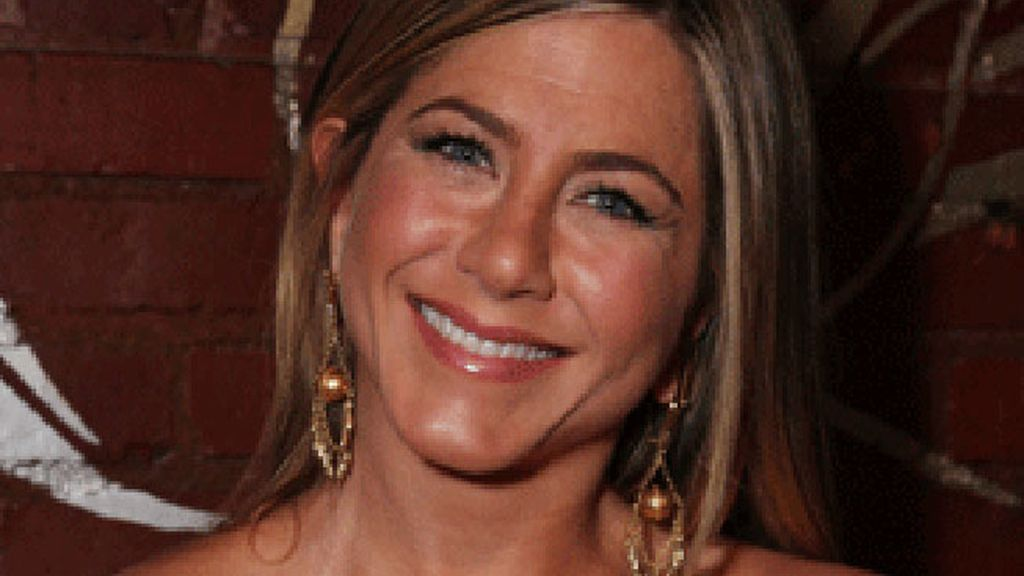 Jennifer Anniston, perfecta gracias al maquillaje 'invisible'