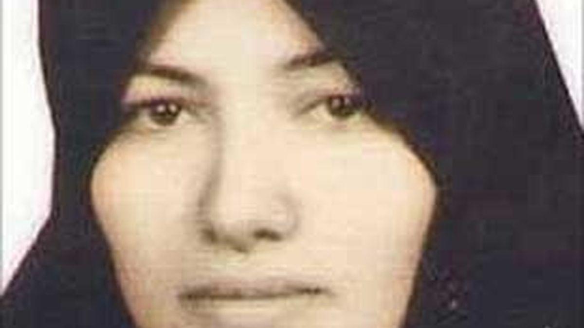 """Sakineh Mohammadi fue condenada por tener una """"relación ilícita"""" con dos hombres."""