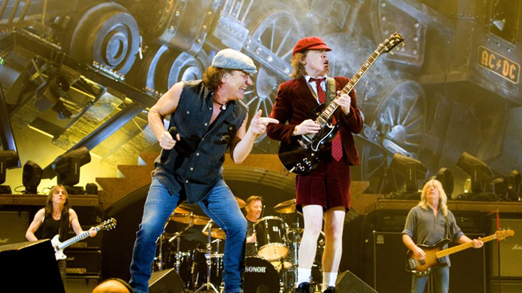 AC/DC en un concierto en vivo