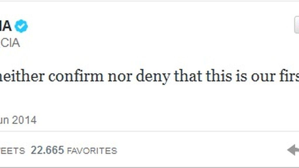 La CIA se estrena en Twitter con humor