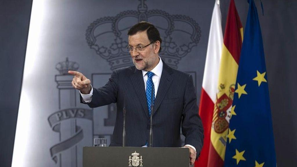 Rajoy tiene que enfrentar a la prensa y hablar del caso Bárcenas
