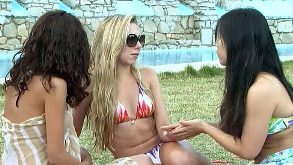 Gabi se va de la cita enfadado con sus chicas