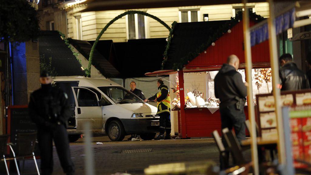 """Diez heridos atropellados en Nantes por un conductor  al grito de """"Alá es grande"""""""