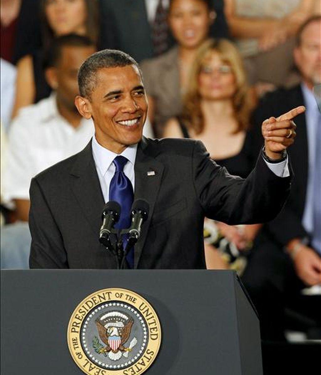 El presidente estadounidense Barack Obama realiza algunas observaciones sobre economía en el campus de la Universidad de Nevada en Las Vegas (EE.UU.). EFE