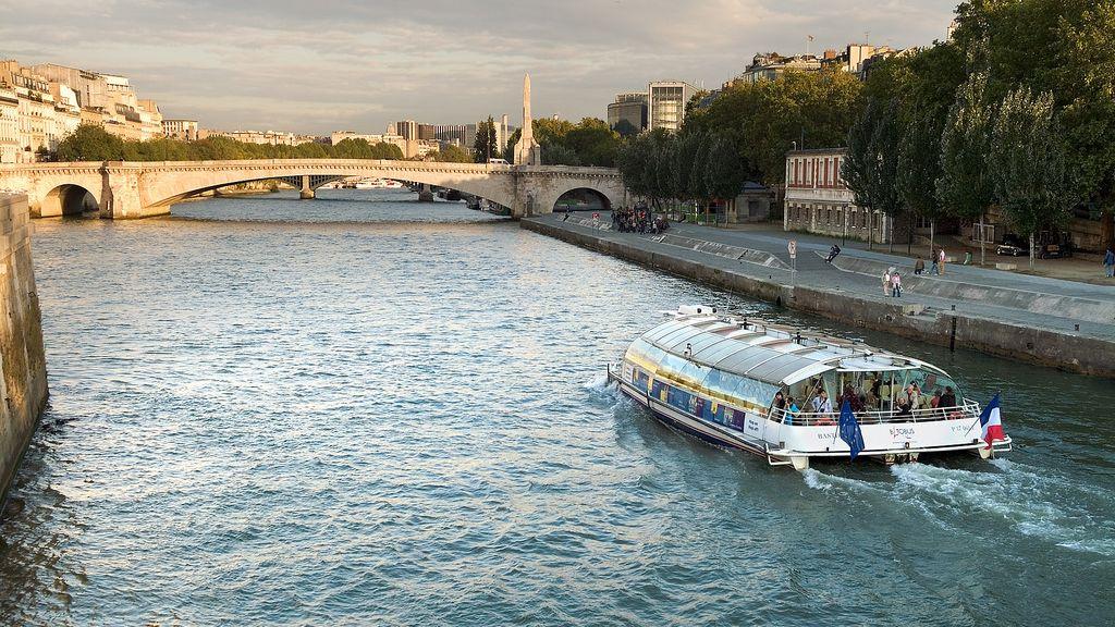 Crucero por el río Sena (París)
