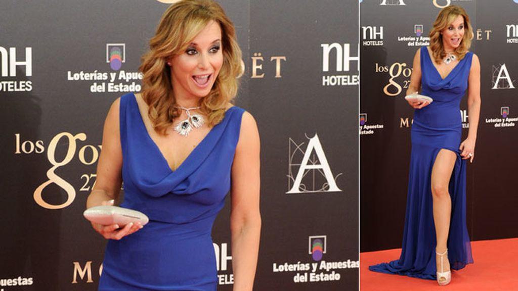 Ellas derrochan glamour en los premios del cine español