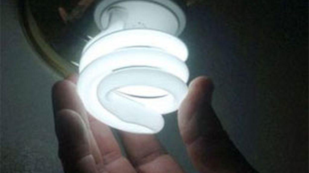 La luz se encarecerá a partir del 1 de octubre del  5,6%. Foto: EFE.