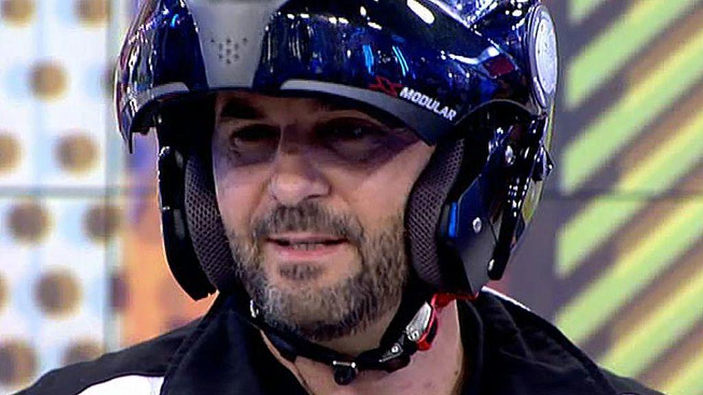 Motorizado y con un objetivo claro: Miguel Temprano viene a por la silla de Chelo