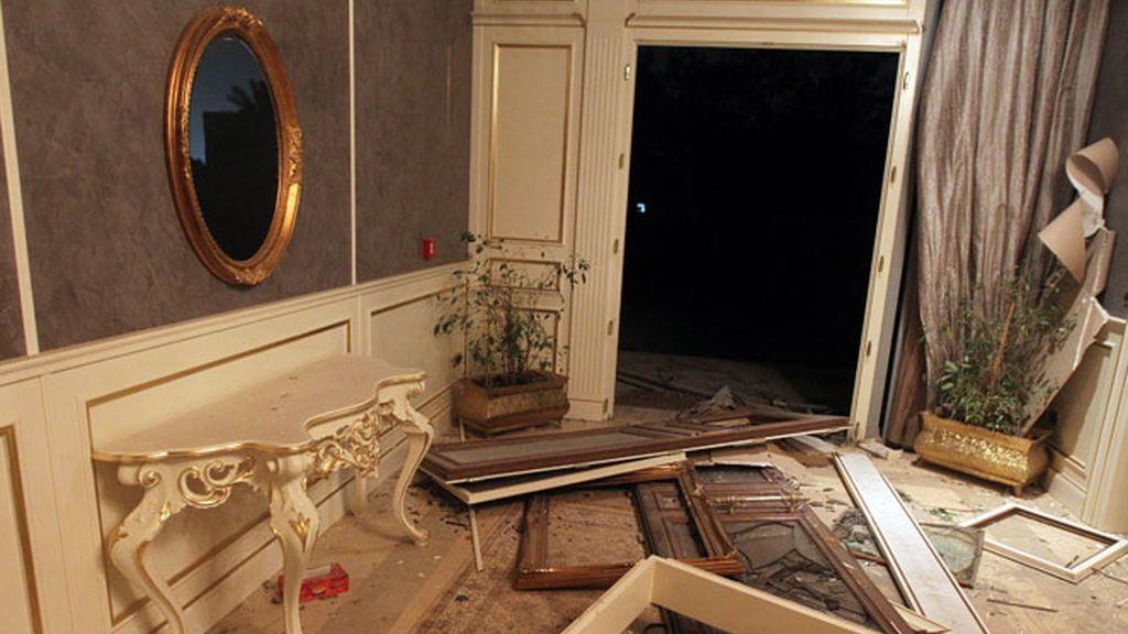 Destruiído el complejo de Muamar el Gadafi en Trípoli.
