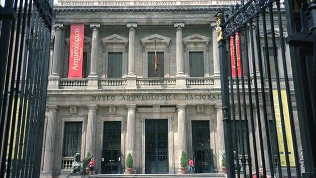 Fachada del Museo Arqueológico Nacional en Madrid. EFE/Archivo