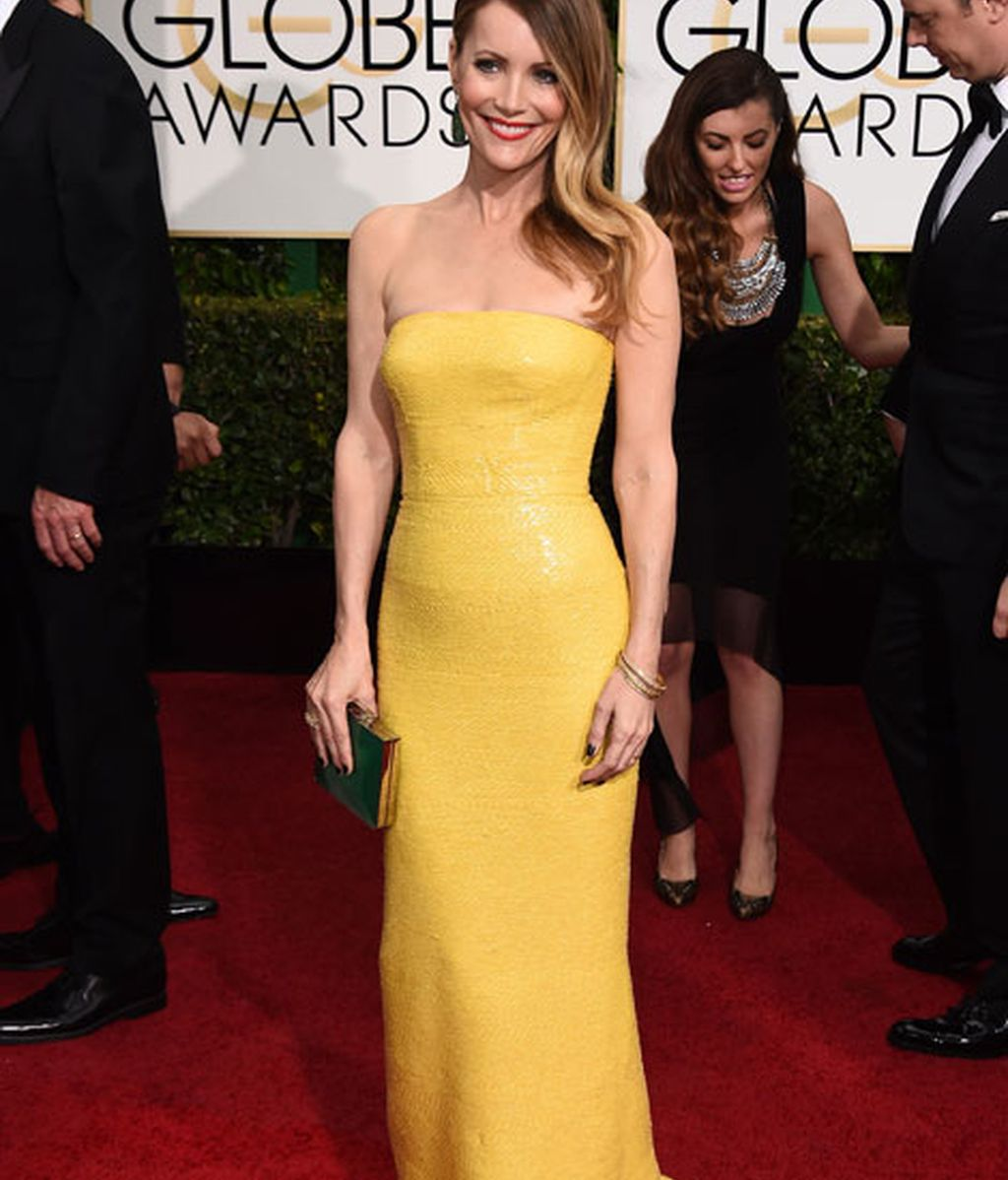 Leslie Mann en la alfombra roja de los Globos de Oro