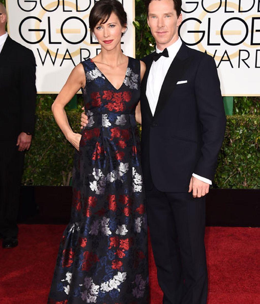 Sophie hunter y Benedict Cumberbatch en la alfombra roja de los Globos de Oro