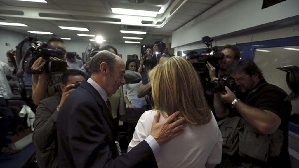Rubalcaba dejará el cargo en un congreso extraordinario del PSOE en julio