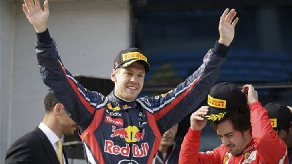 Vettel se hace con la victoria