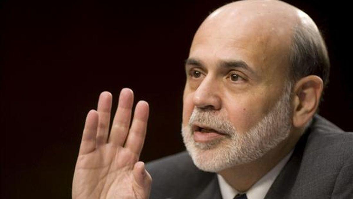 El presidente de la Reserva Federal , Ben Bernanke, testifica ante un comité del Senado de los EE.UU., en Washington, EE.UU. este 7 de enero. EFE