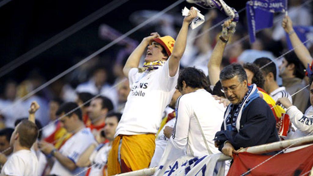 El fondo sur del estadio de Mestalla estará teniño de blanco