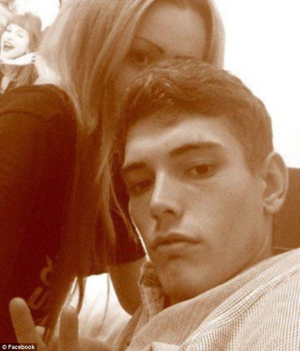 Muere una estudiante inglesa de 16 años embarazada de cinco meses