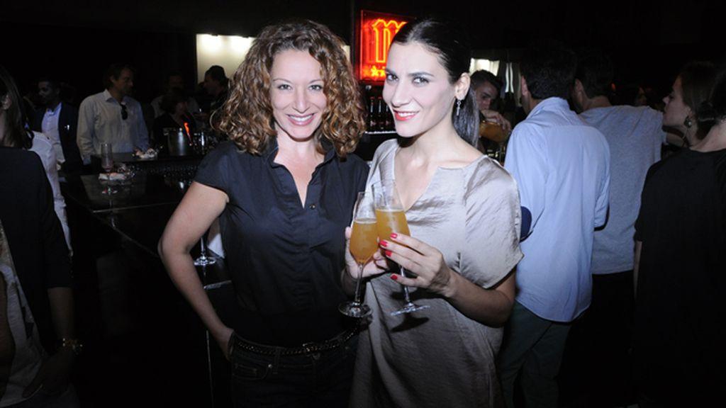 Eva Almaya y Cecilia Gessa