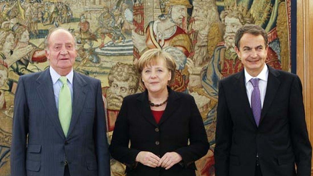 2011: Zapatero con Angela Merkel y el Rey