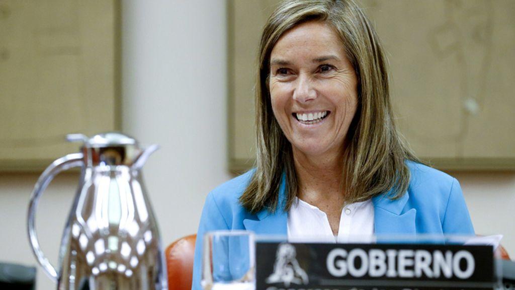 Ana Mato comparece ante la Comisión de Sanidad del Congreso