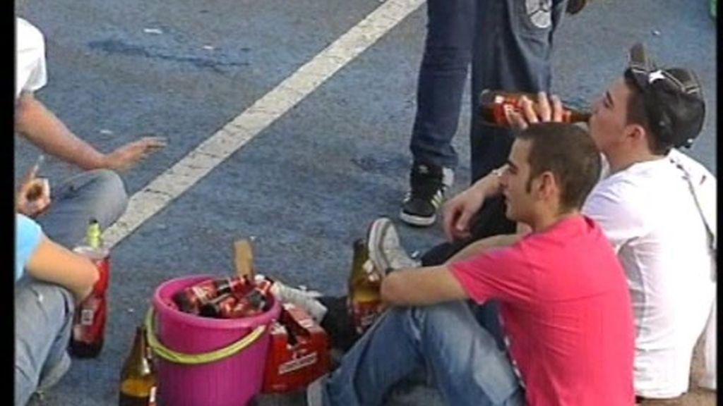 Más de la mitad de los jóvenes consumen alcohol