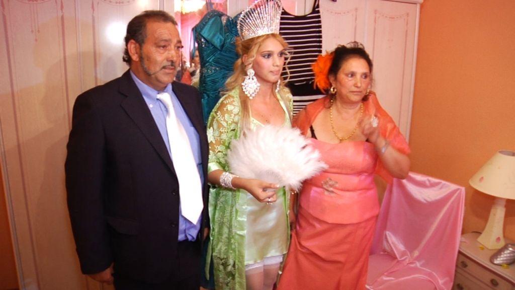 Samanta Villar asiste a una 'Boda gitana'