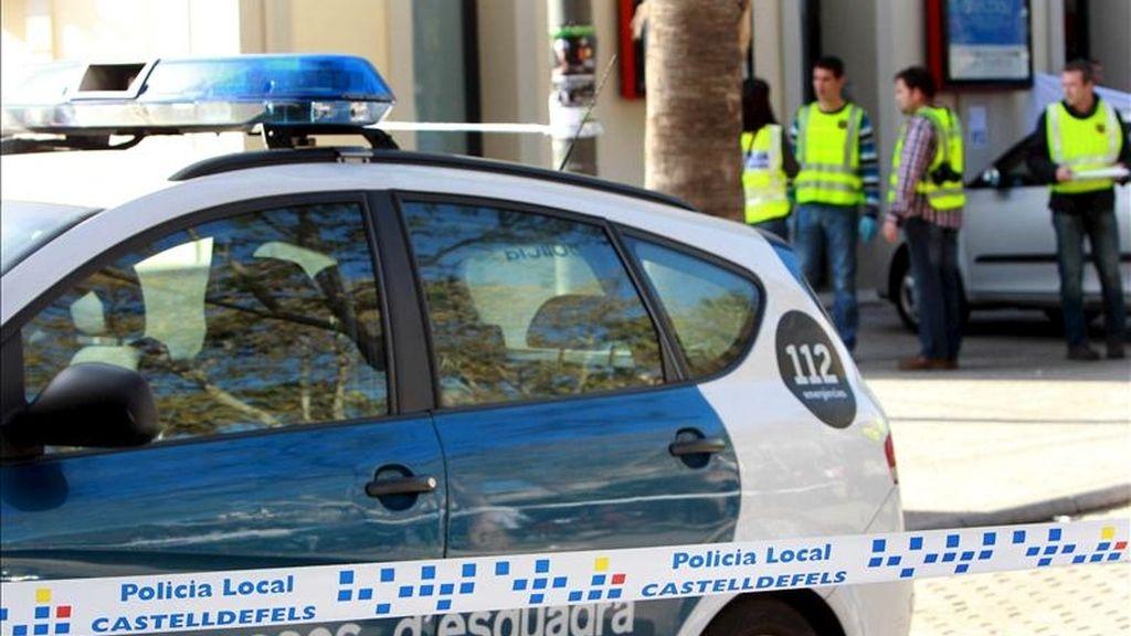 El juez del Juzgado número 6 de Gavà (Barcelona) ha decretado hoy prisión provisional comunicada y sin fianza por un presunto delito de homicidio para el joven que fue detenido en relación con la muerte de un vigilante en la estación de tren de Castelldefels. EFE/Archivo
