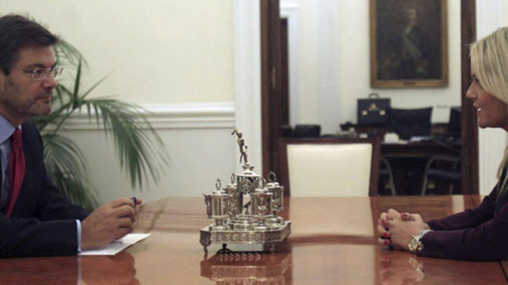 Reunión de Rafael Catalá con la presidenta de la Fundación Víctimas del Terrorismo