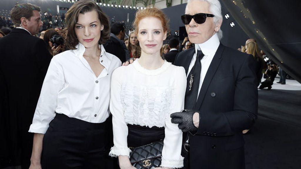 Jessica Chastain no se perdió el desfile de Chanel en la Fashion Week París