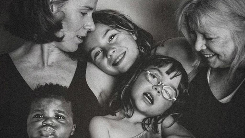 El fotodiario del día de su adopción