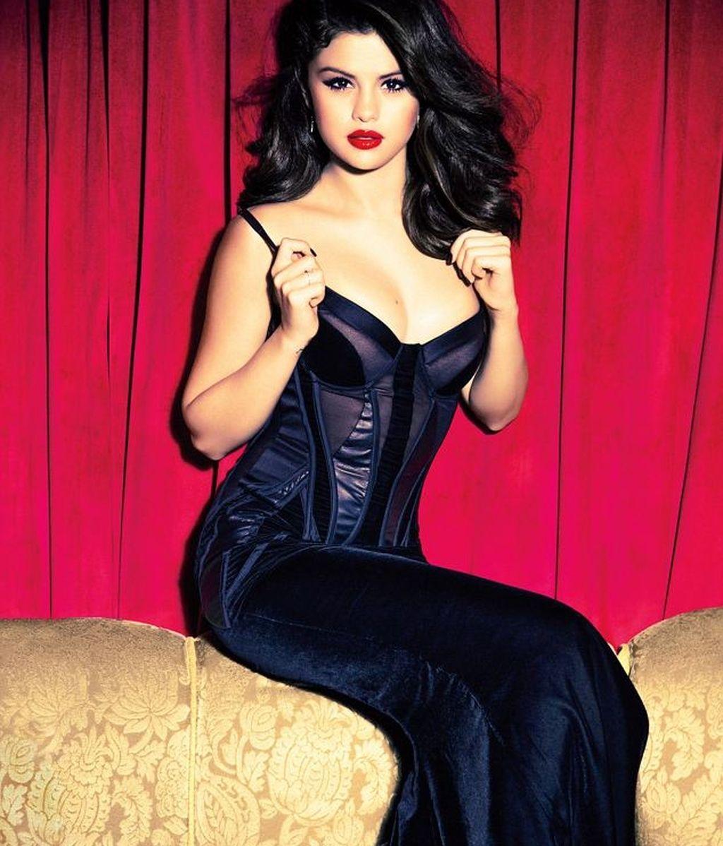 Selena Gómez, muy sensual en la revista 'Glamour'