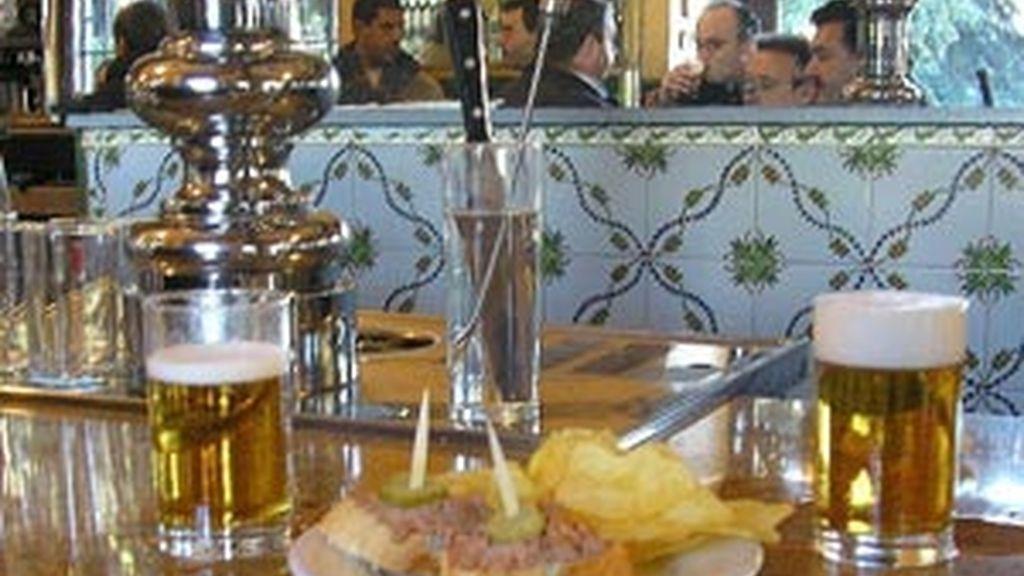 La cerveza, la bebida más consumida en los aperitivos dominicales.